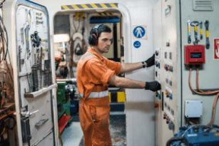 Examination for Second Engineer officer (STCW Reg III/2) - Theorical part only